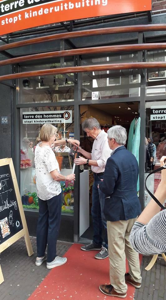 Winkel Terre des Hommes  past in Lange Groenendaal